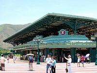 hong-kong-metro-disneyland
