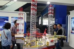 20140925 093537 300x200 - Представители компании UGL Corporation Ltd. посетили выставку нефтегазового оборудования