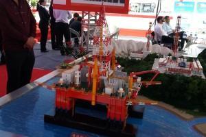 20140925 110035 300x200 - Представители компании UGL Corporation Ltd. посетили выставку нефтегазового оборудования