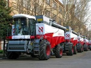 228657 20101104180247 300x225 - Экспорт сельскохозяйственной техники Китая в 2014 году