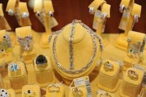 Харбин выделил 1 млрд юаней на развитие ориентированного на Россию ювелирного рынка