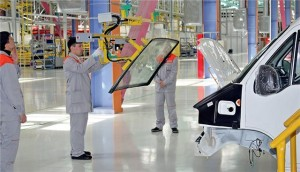 Производство автомобильных стекол  (1)
