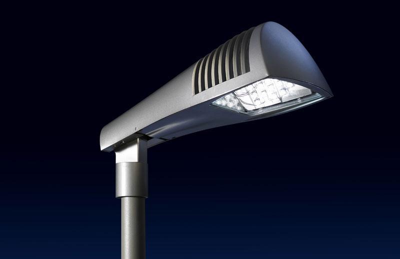 Китай почти в 2 раза увеличил экспорт уличных фонарей LED (1)