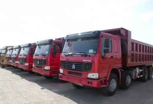 Китайские производители грузовиков возлагают надежды на зарубежные рынки (1)