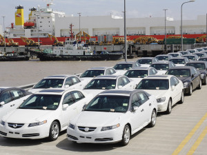 The first Acura TL performance luxury sedans arrive earlier this week in port of Shanghai for sale in China. Designed, developed and assembled in the United States, the sporty TL is the number one selling Acura model in the U.S., and will be sold in China alongside the RL luxury sedan.