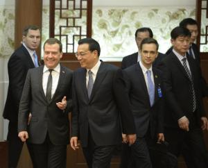 визита российского премьера в Китай 1 300x242 - Итоги визита российского премьера в Китай