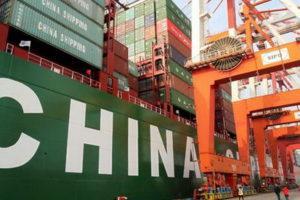 товары повседневного спроса, медицинское оборудование и электронику китайского производства.